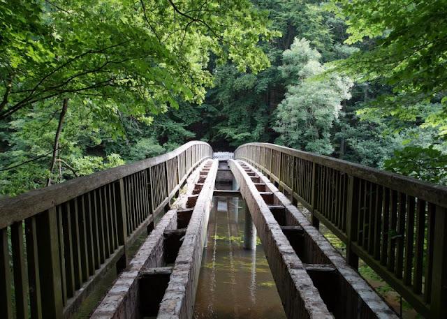 Fünf weitere Ausflugsideen im Schwentinental. Die Brücke über die Schwentine ist leider gesperrt.