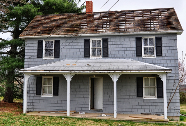 An Urban Cottage Appraisers And Roofers