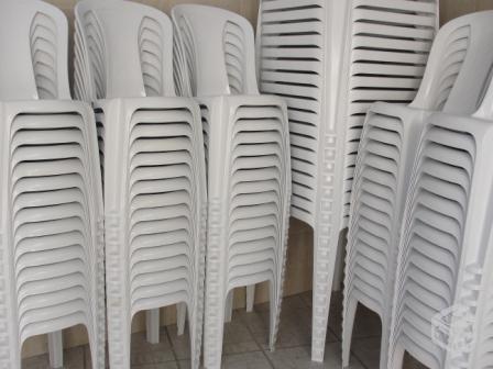 Publicidade: aluguel de mesas e cadeiras
