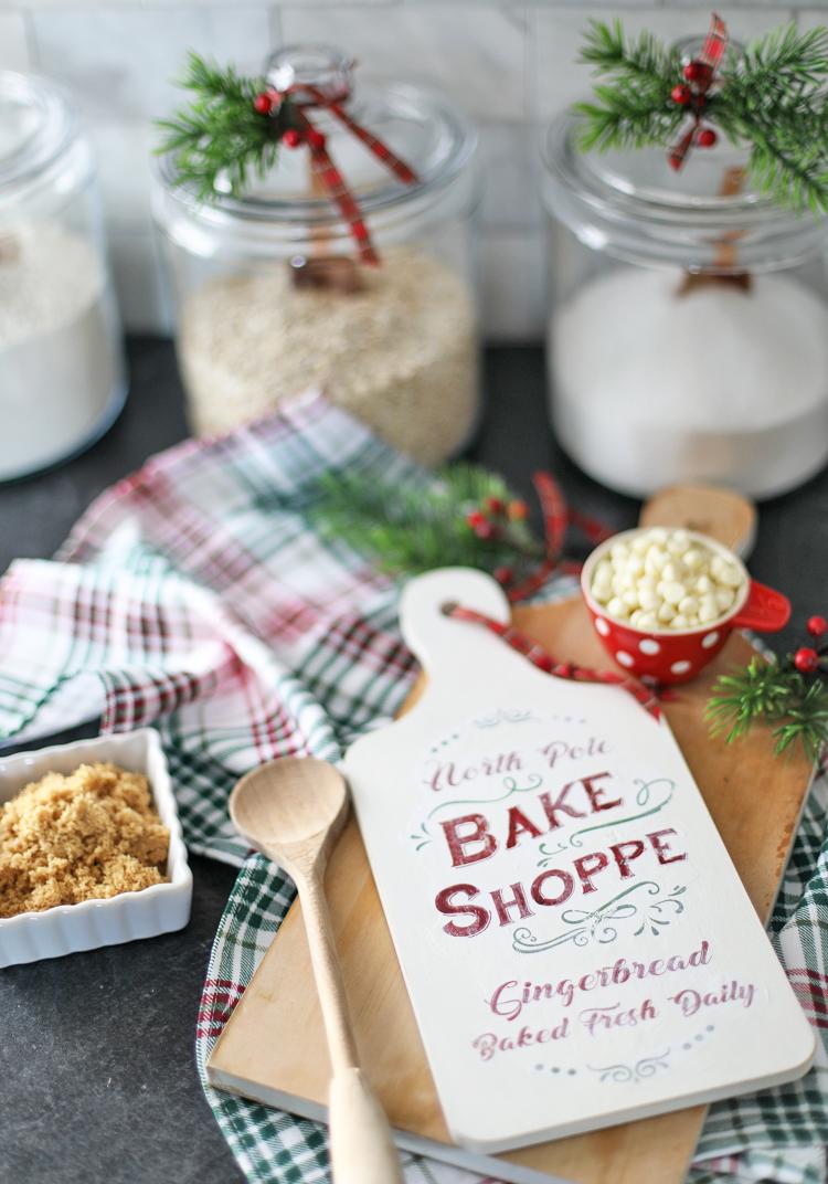 North Pole Bake Shoppe Free Printable Template for Decor