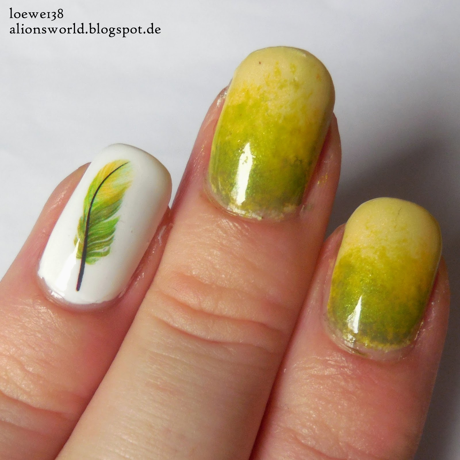 http://alionsworld.blogspot.de/2015/02/gradient-waterdecals.html