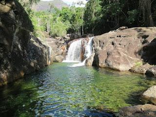 Cachoeira de Hidrolândia em Iúna