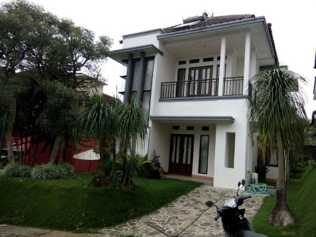 Villa Kolam Renang Pinus 5 Kamar