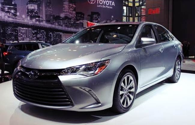 2017 Toyota Camry Special Edition For Canada