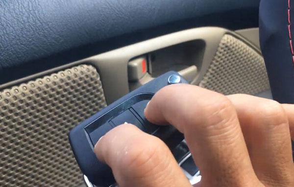 vvdi-key-tool-hilux-2014-remote-13