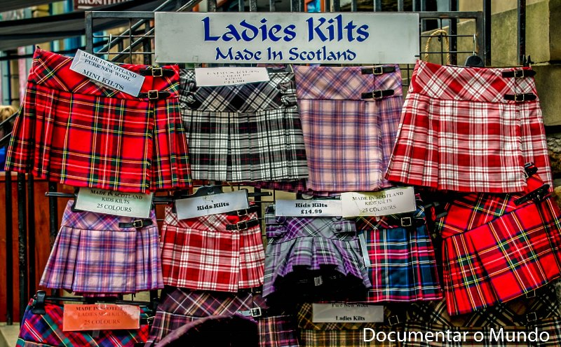 Kilts; John Knox House; Royal Mile; Edimburgo