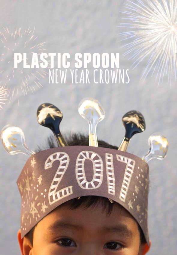 Plastic Spoon New Year Crowns Pink Stripey Socks