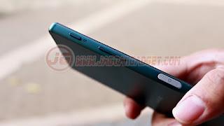 Tombol Xperia Z5 Dual