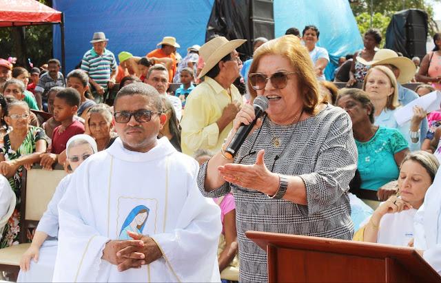 COLINAS - Deputada Cleide Coutinho participa da comemoração ao Dia de nossa Senhora da Consolação