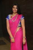 syamala sizzling saree stills-thumbnail-2