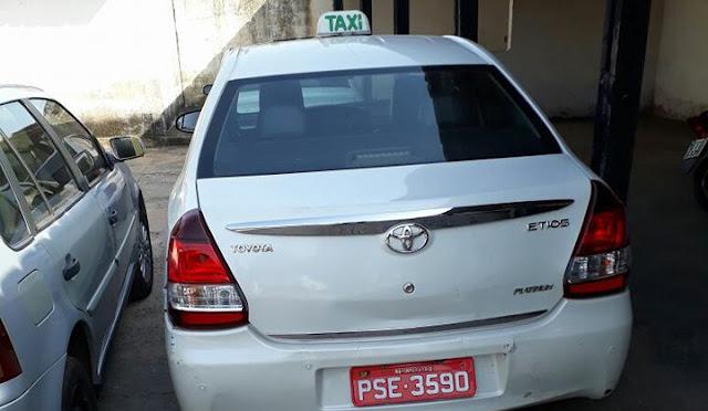 Táxi usado em tentativa de homicídio é apreendido