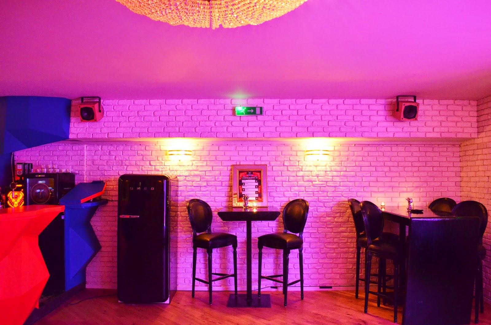 L 39 hotel des artistes le bar le plus secret de paris for Hotel les secrets de paris