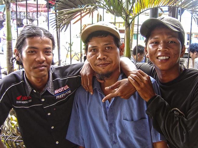 Personajes en Bogor