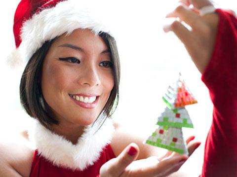http://3.bp.blogspot.com/-WsdPuDyH-pQ/UZ4Tj8Oi3eI/AAAAAAAAAjk/OFRYniz727g/s1600/ElizabethChan1.jpg
