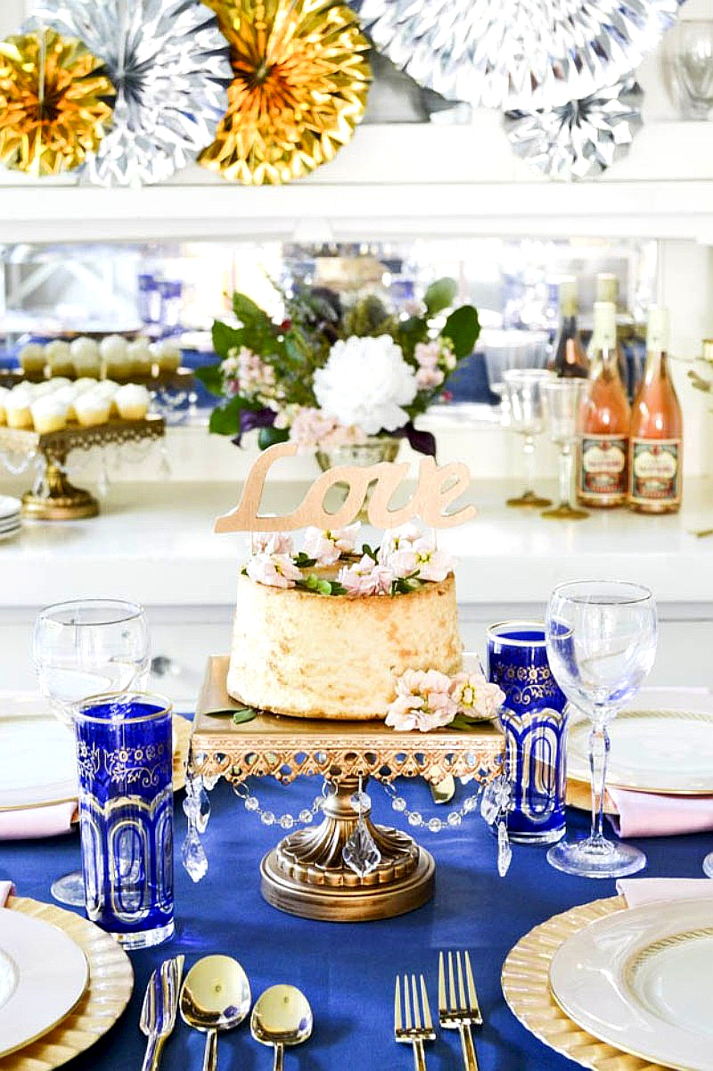 Gold & Blue Wedding Party Ideas - via BirdsParty.com