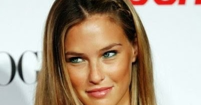 Photo For Celebrity: Bar Refaeli