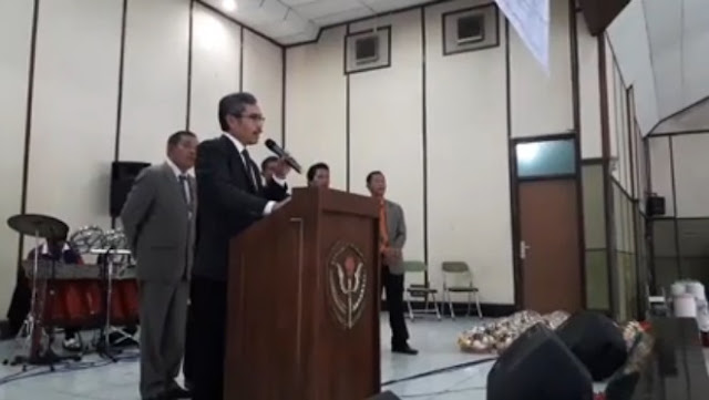 Ketua Umum Parsadaan Pomparan Somba Debata (PPSD) se bandung Raya, Manapang Siahaan memberikan Kata Sambutan