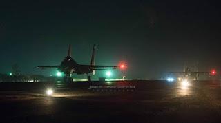 https://3.bp.blogspot.com/-WtRjOml_oQI/WH9lx5fE9YI/AAAAAAAAJ50/dctd-9a_BuotaNTPVIE3L5jzmq5cLoUvwCLcB/s1600/sukhoi-tni-au-night-flight.jpg