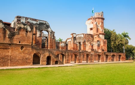 Image result for रेजीडेंसी का खंडहर lucknow tourism