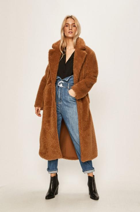 Palton lung dama maro din blana artificiala de iarna reducere firma Liu Jo