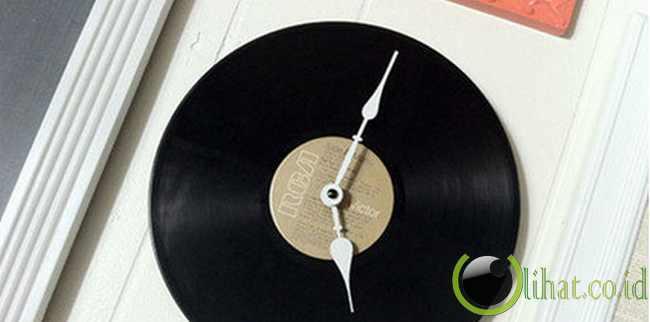 Jam Dinding Dari Vinyl