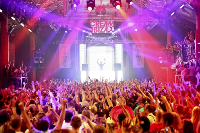 Festas da balada Amnesia em Ibiza