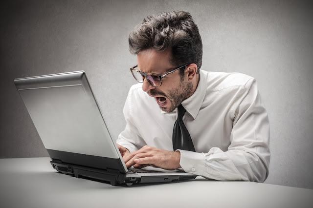 Tüm Blog Yazarlarına Uyarımdır: Bloglar.Gen.Tr'den Uzak Durun!