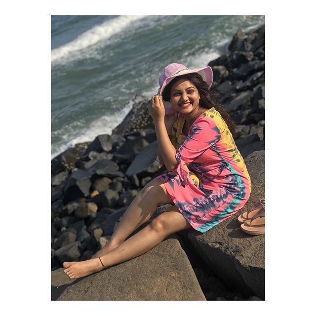Roja Serial Priyanka Nalkari Latest Hot Photos