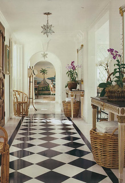 So Many Black And White Checkered Floors Show Up In Foyers Kitchens Or Bathrooms It S Refreshing To See Carried Other Parts Of The House As Seen