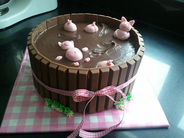 Pigs In the Mud' Cake