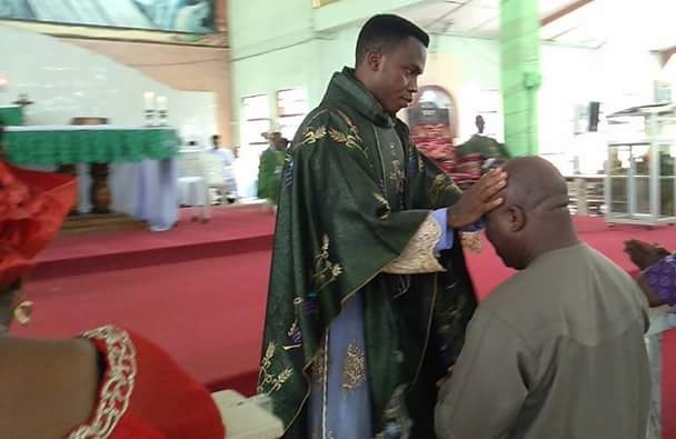 Identical twin brothers ordained Catholic Priests in Anambra (photos)