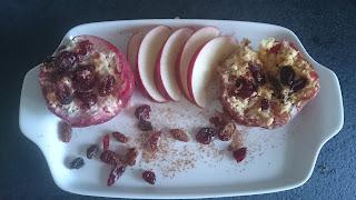 pieczone owoce z piekarnika