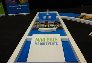 Putting Edge portable minigolf