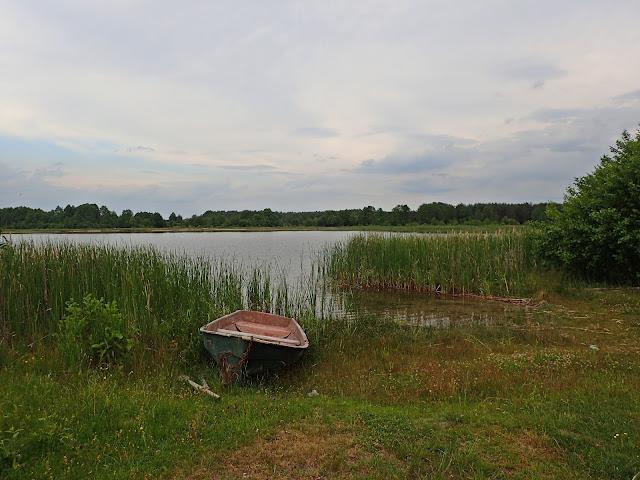 Pochmurne jezioro Świtaź