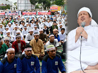 Penuh Harapan, Ribuan Massa Ormas Islam Berdo'a Bersama Dipimpin Wasekjen MUI