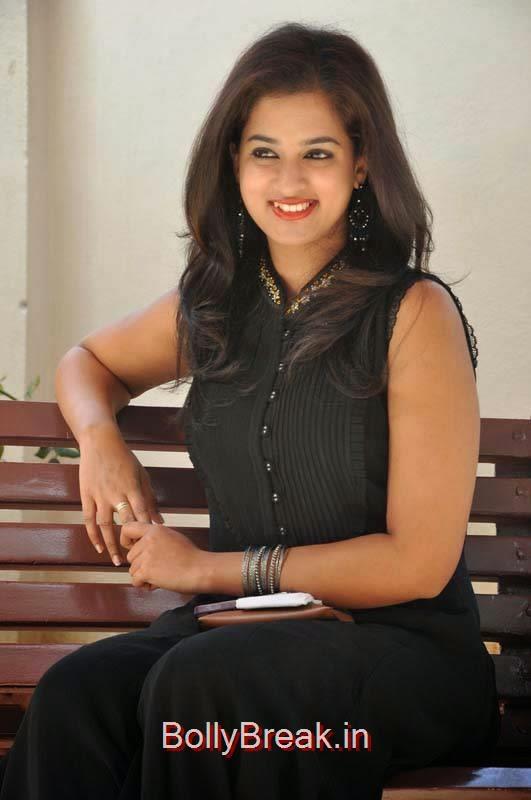 High Quality Nanditha Pics, Nanditha Hot Pics In Black Dress from Movie Krishnamma Kalipindi Iddarini Shooting Spot