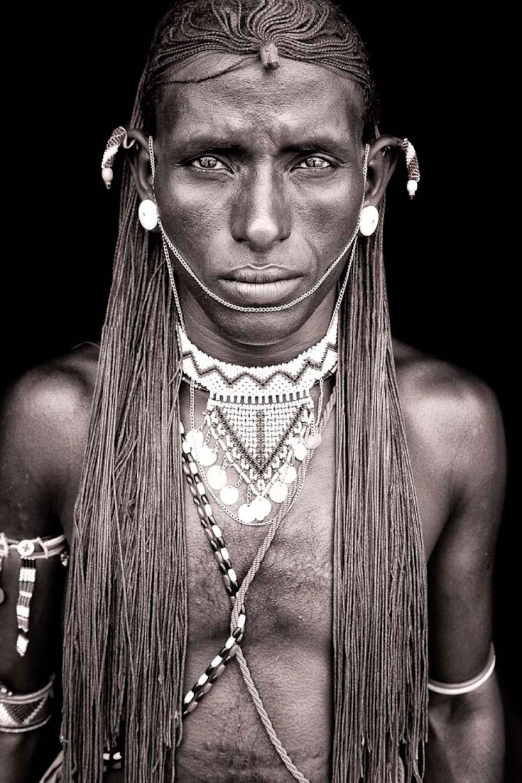 11 Mind-Blowing Pictures Of The Last African Nomads - A Samburu Warrior In Kenya