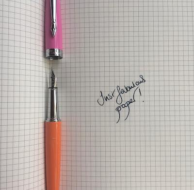 Plooms Orange fountain pen
