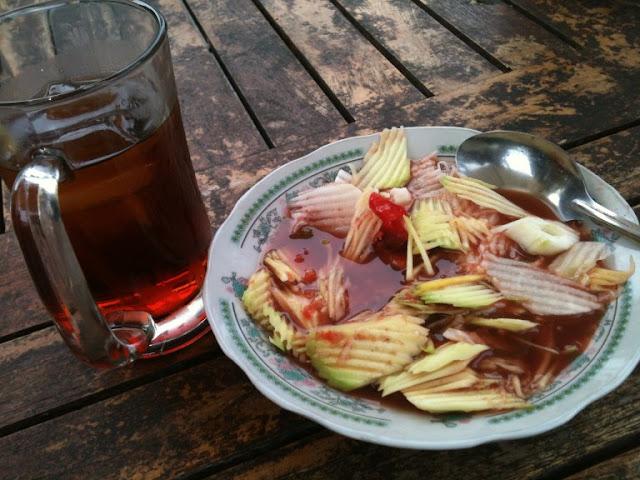 4 Makanan Tradisional Khas Bali Ini Yang Siap Menggoyang Lidah Anda