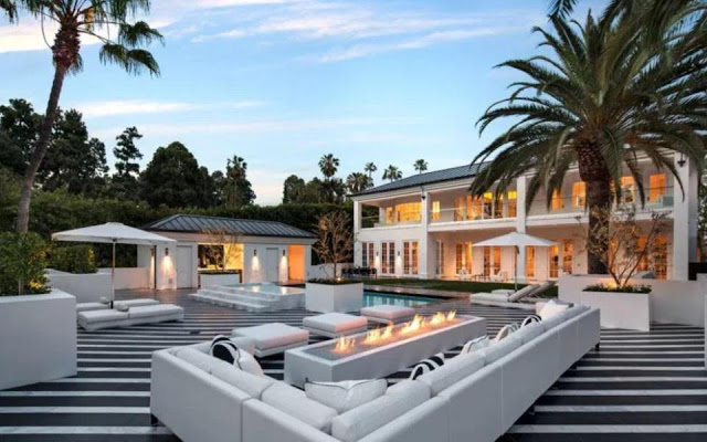 The Money Man! Floyd Mayweather Buys $26 Million Beautiful Mansion In Beverly Hills.....