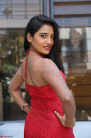 Mamatha sizzles in red Gown at Katrina Karina Madhyalo Kamal Haasan movie Launch event 151.JPG