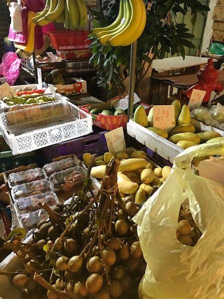 地元マレーシアのの果物はとにかく安い