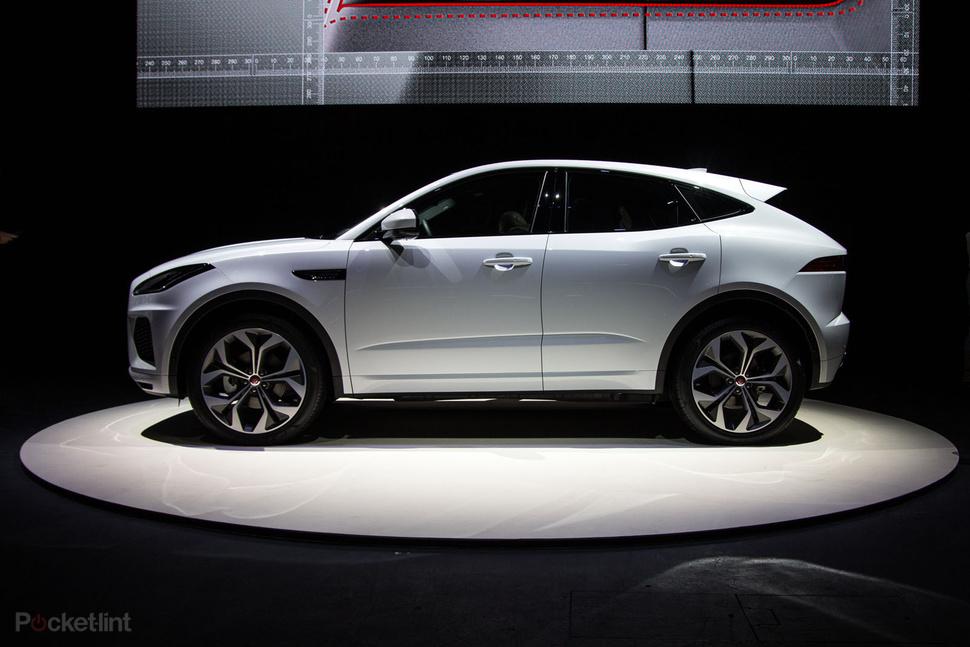 Giá Xe Jaguar E-Pace R-Dynamic 2.0