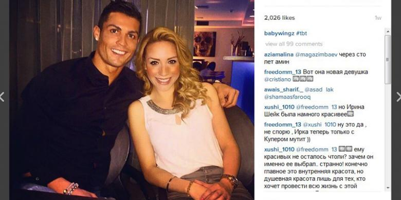Foto Cristiano Ronaldo berpose bersama Ale Manriquez, yang diunggah di Instagram Ale Manriquez.