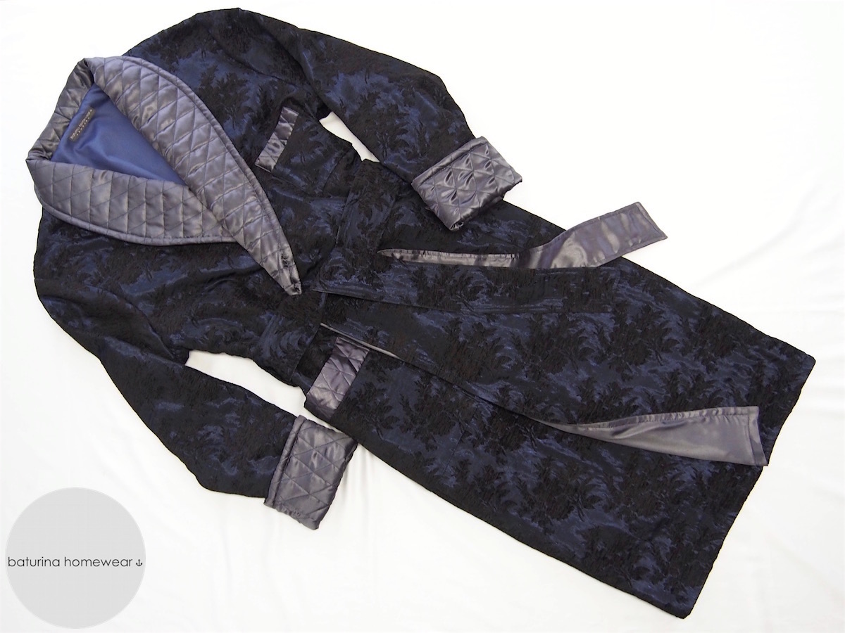 Men\'s Floral Navy Silk Dressing Gown with Quilted Gray Shawl Collar