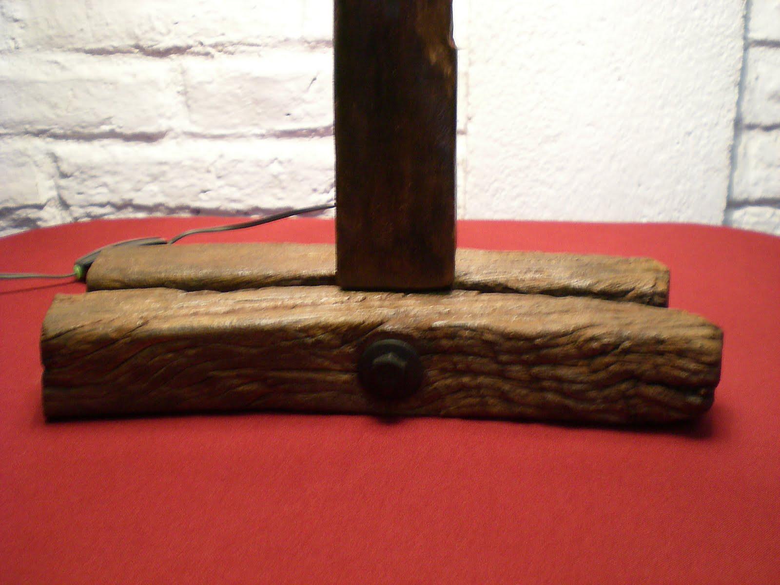 El Fogn  Artesanas en madera rstica y hierro Uruguay