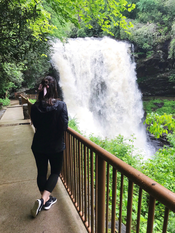 north carolina mountain getaway, travel nc, north carolina mountains, dry falls, north carolina blogger