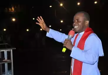 Rev.Mbaka Addreses Igbos In East London