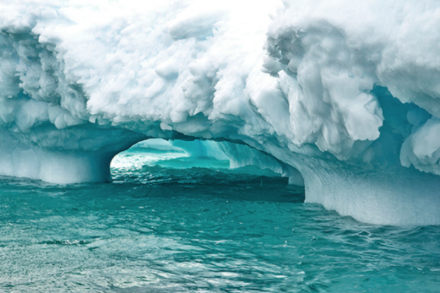 Stunning Photos Of The Otherworldly Beauty Of Antarcticas