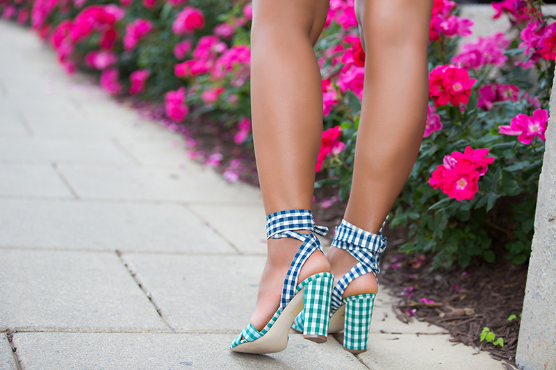 jcrew mixed gingham sandals, chambray shirt, www.jadore-fashion.com